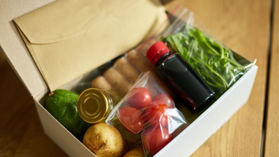 packaging associated with meal kits
